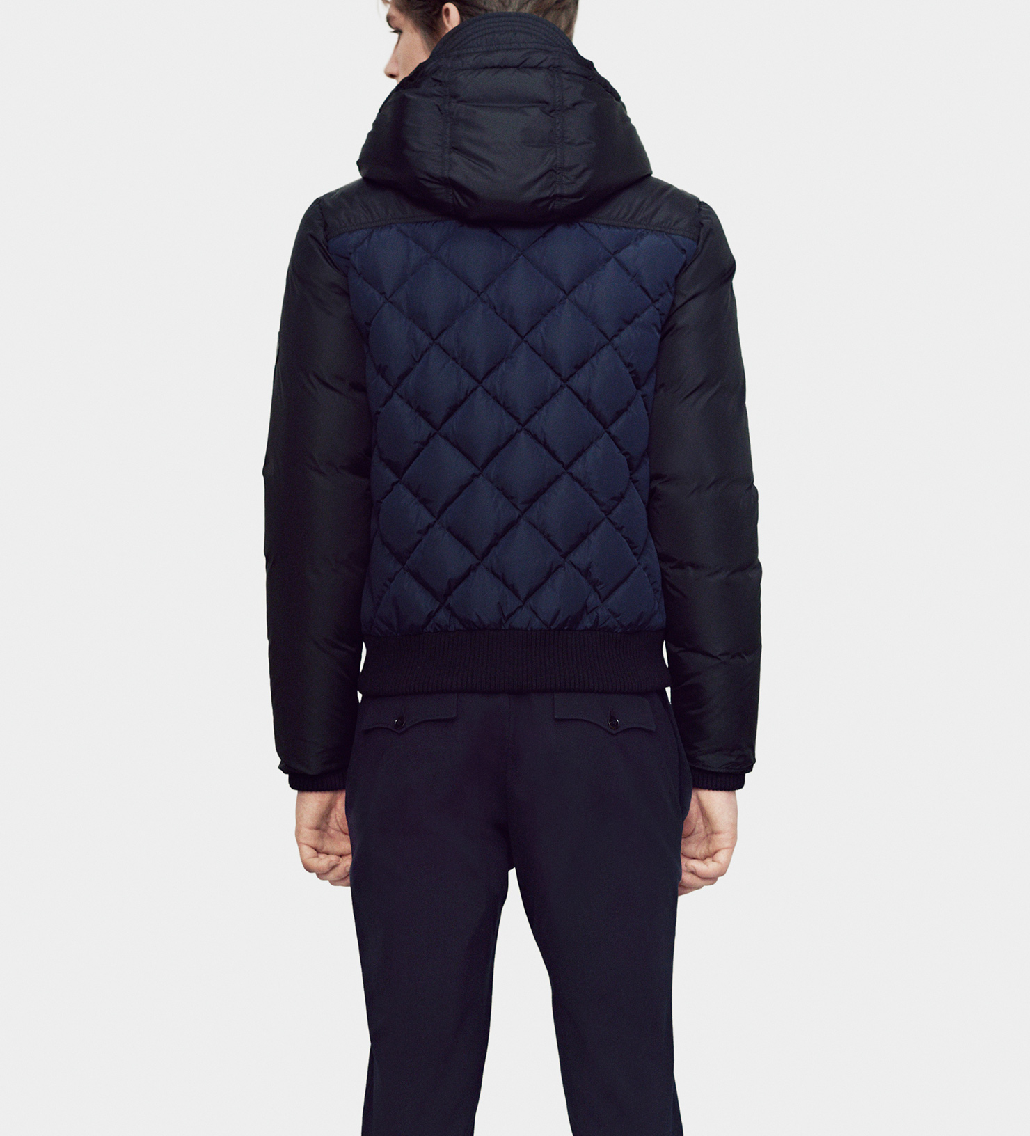 Gucci Lightweight Nylon Quilted Down Filled Jacket in Black for ...