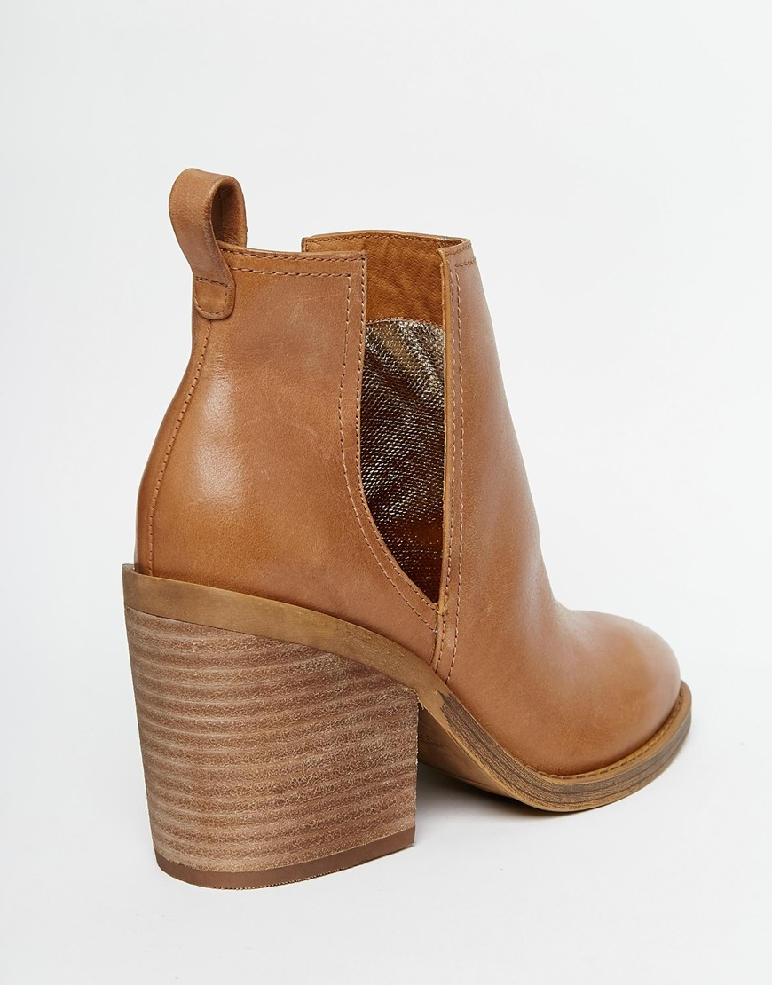 f31106fcaffa8 Windsor Smith Sharni Tan Leather Cut Out Ankle Boots in Brown - Lyst