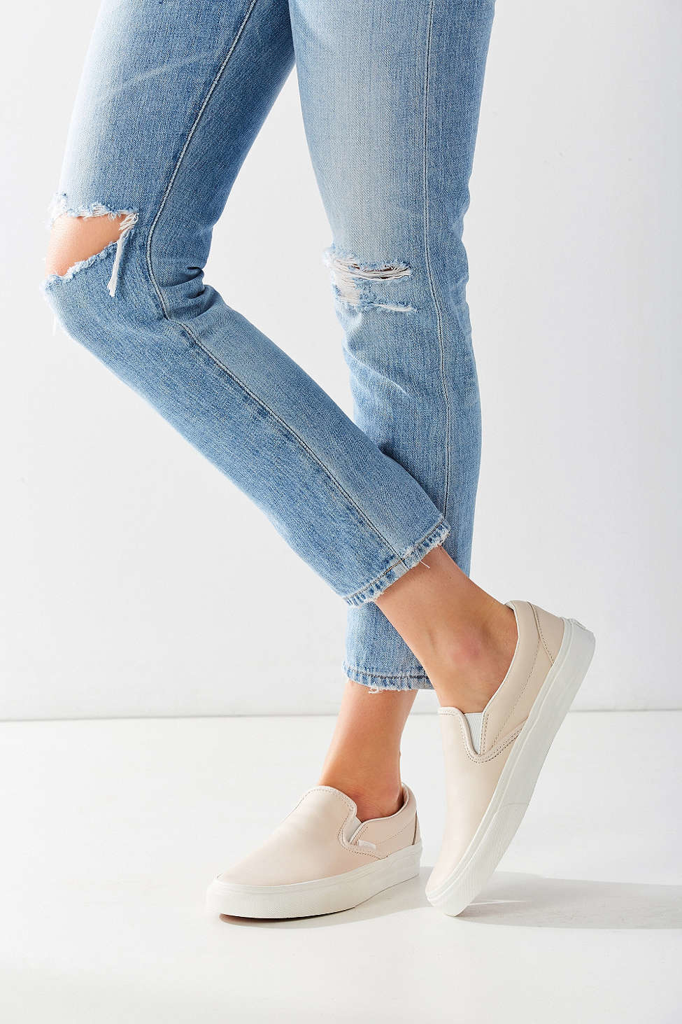 Lyst Vans Classic Slip On Sneaker In Natural