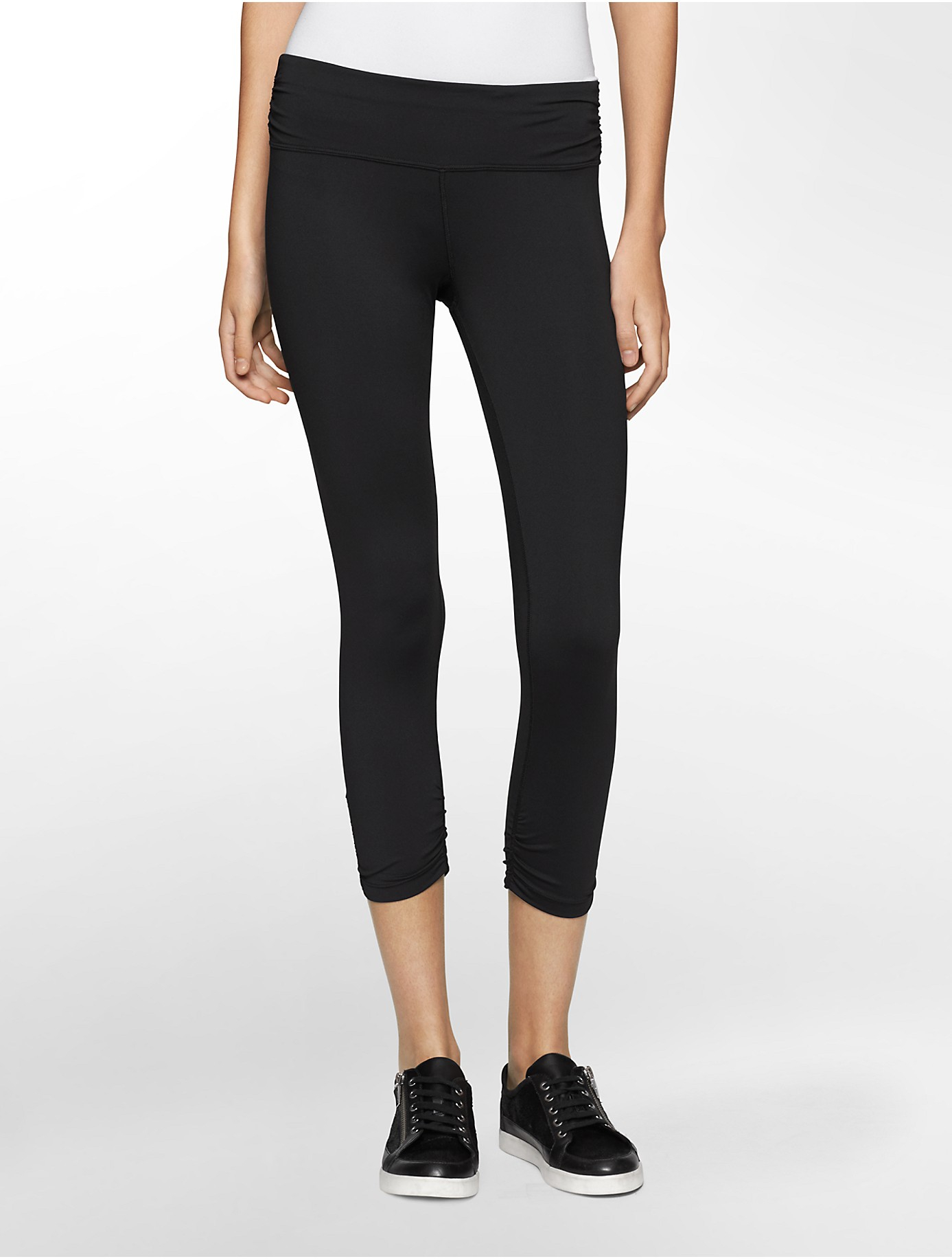 Calvin klein Performance Ruched Cropped Leggings in Black | Lyst