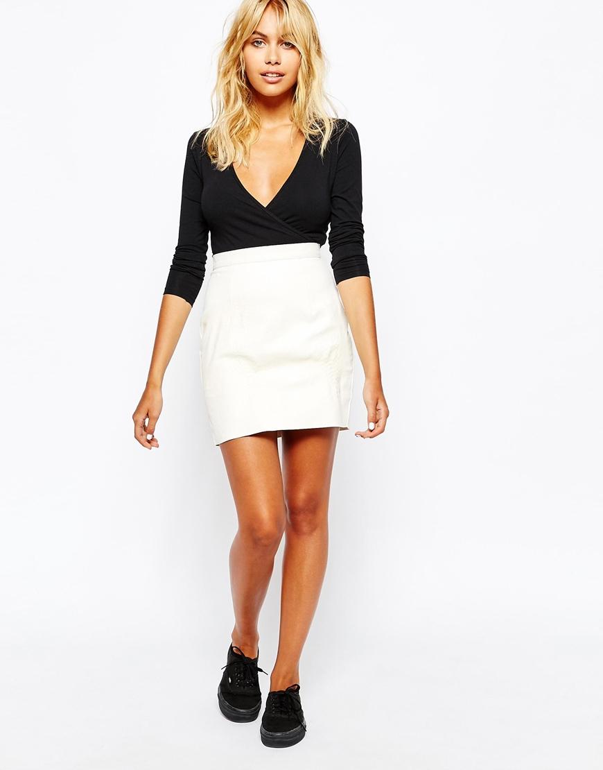 American apparel Snake Embossed Leather Mini Skirt in White | Lyst