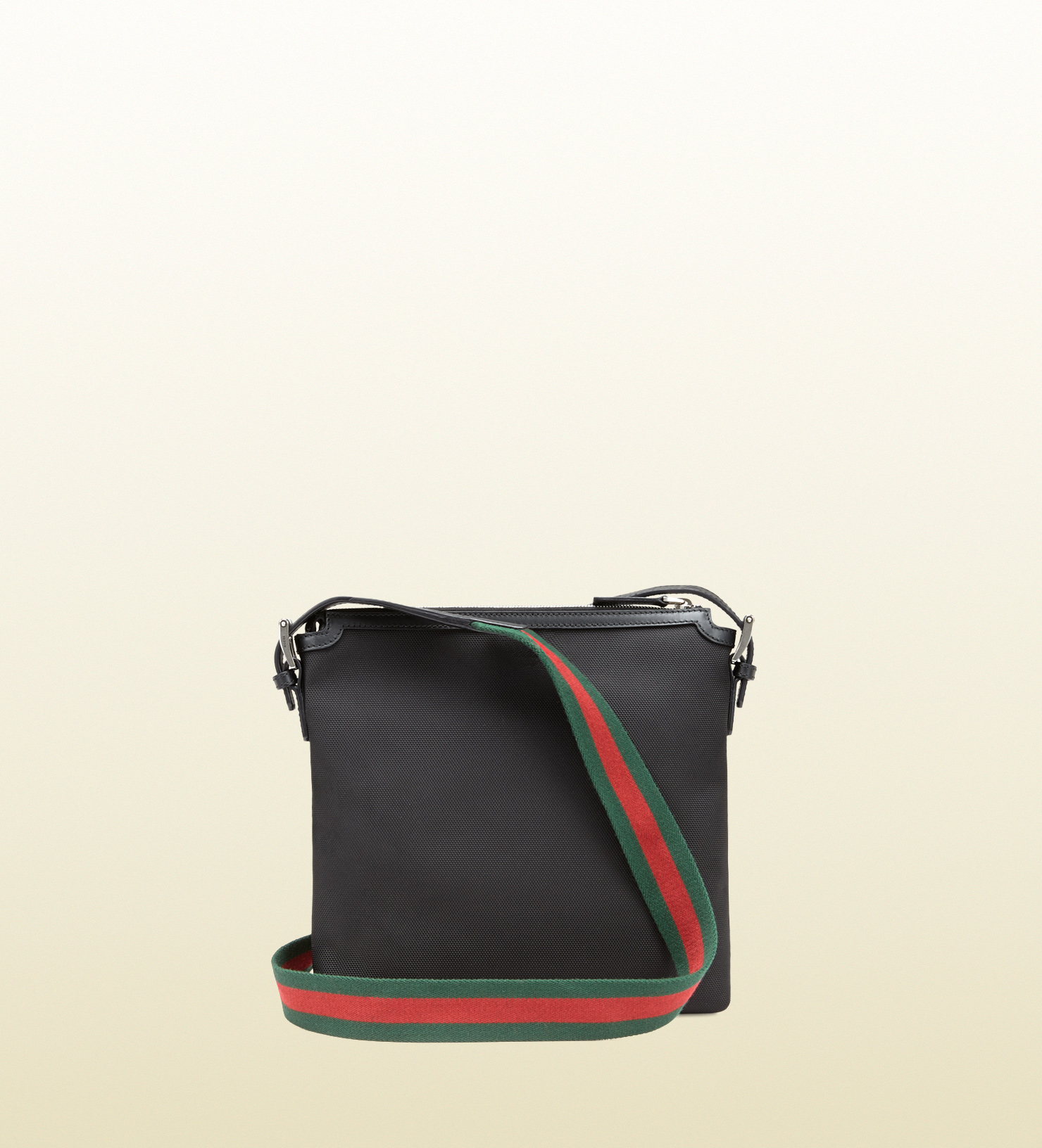 86cdcba03b96 Gucci Techno Canvas Messenger Bag in Black for Men - Lyst