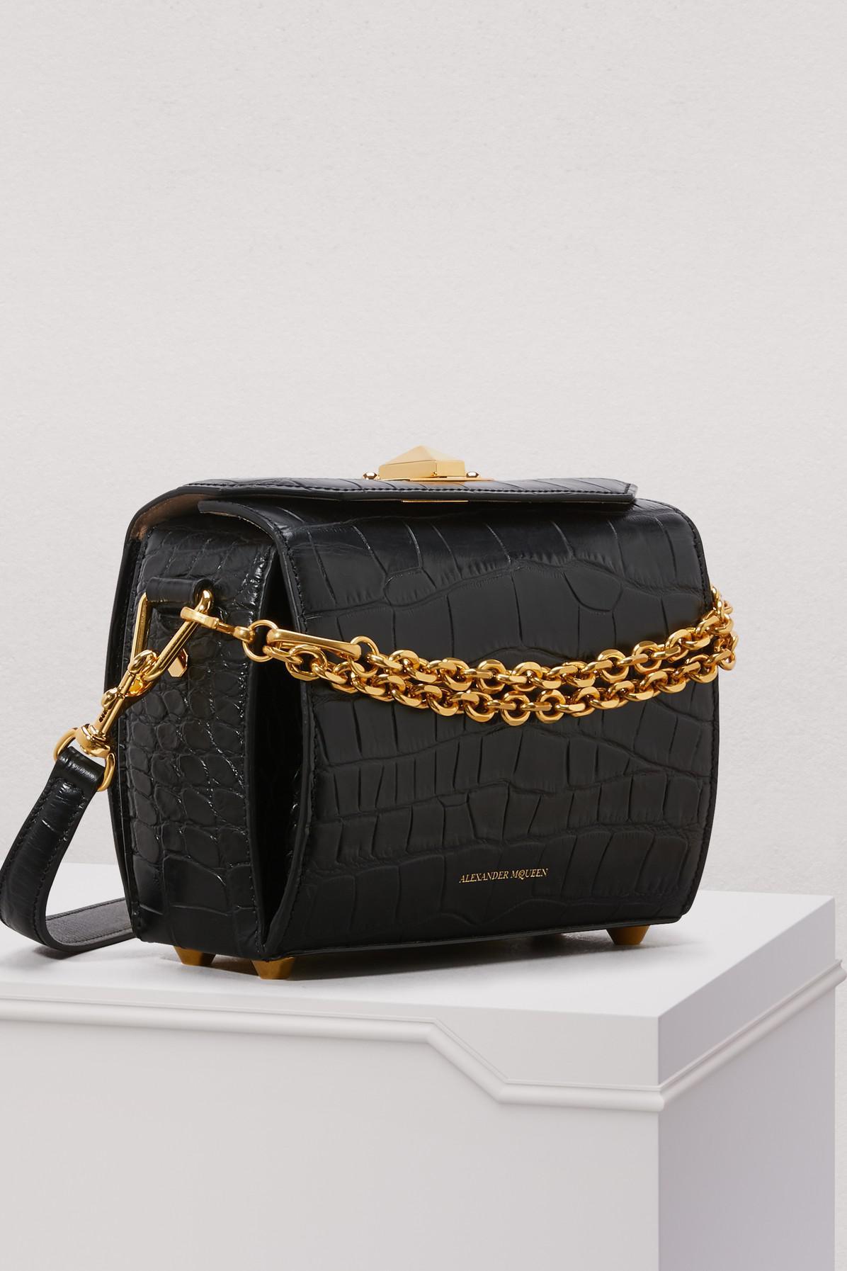 Alexander McQueen - Black Sac porté épaule en cuir effet croco Box Bag 16 -  Lyst. Afficher en plein écran 3d1a843fcbb
