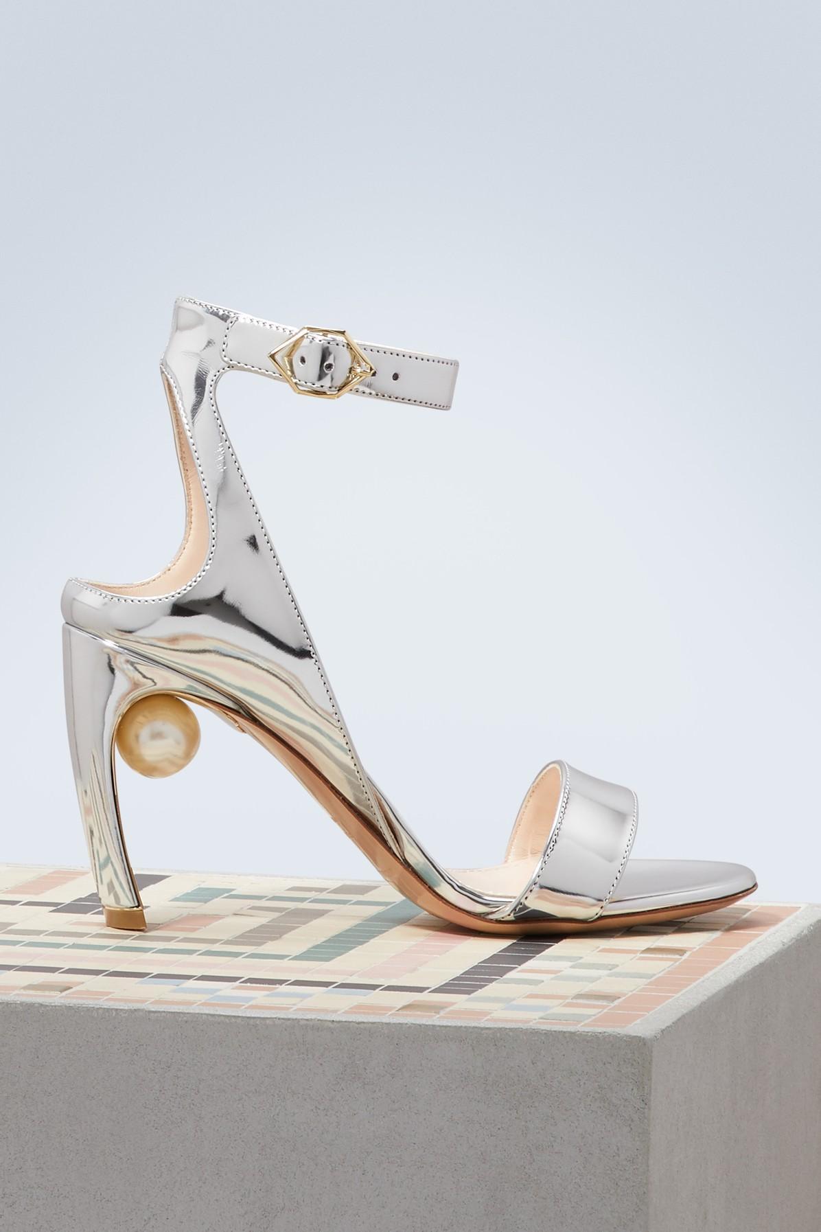 fbae4d03fde Lyst - Nicholas Kirkwood Lola Pearl Sandals in Metallic