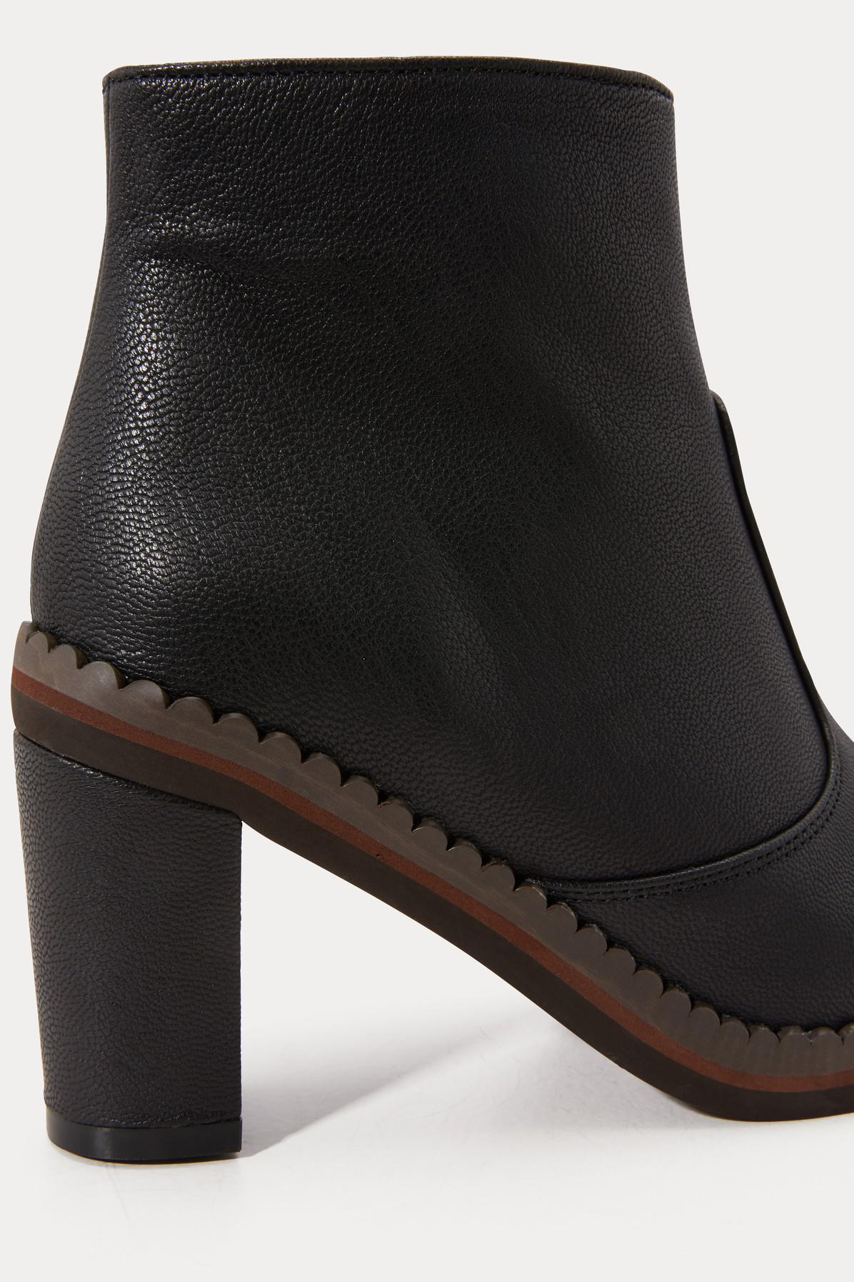 105850e3eb See By Chloé Stasya Ankle Boots in Black - Lyst