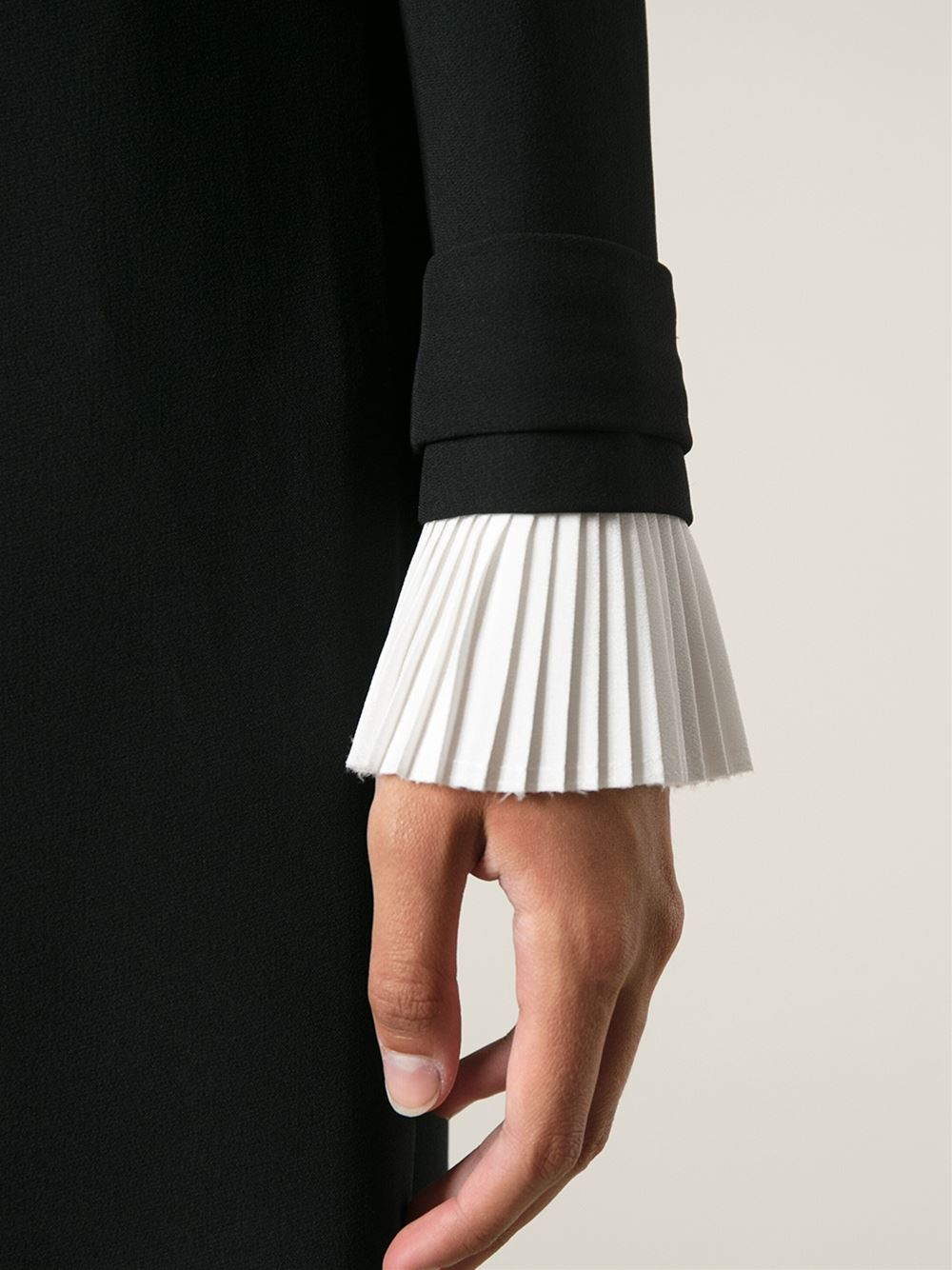 Lyst Victoria Victoria Beckham Pleat Cuff Shift Dress