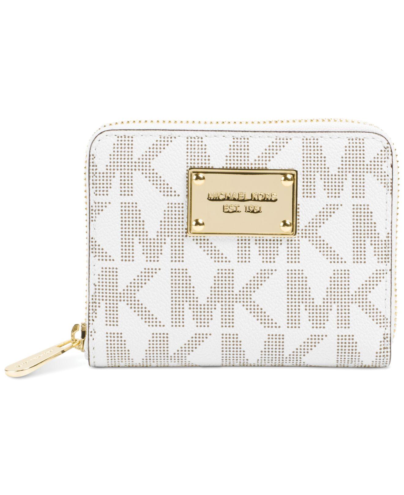 92a4863742e4 Michael Kors Michael Jet Set Item Medium Zip Around Wallet in White ...
