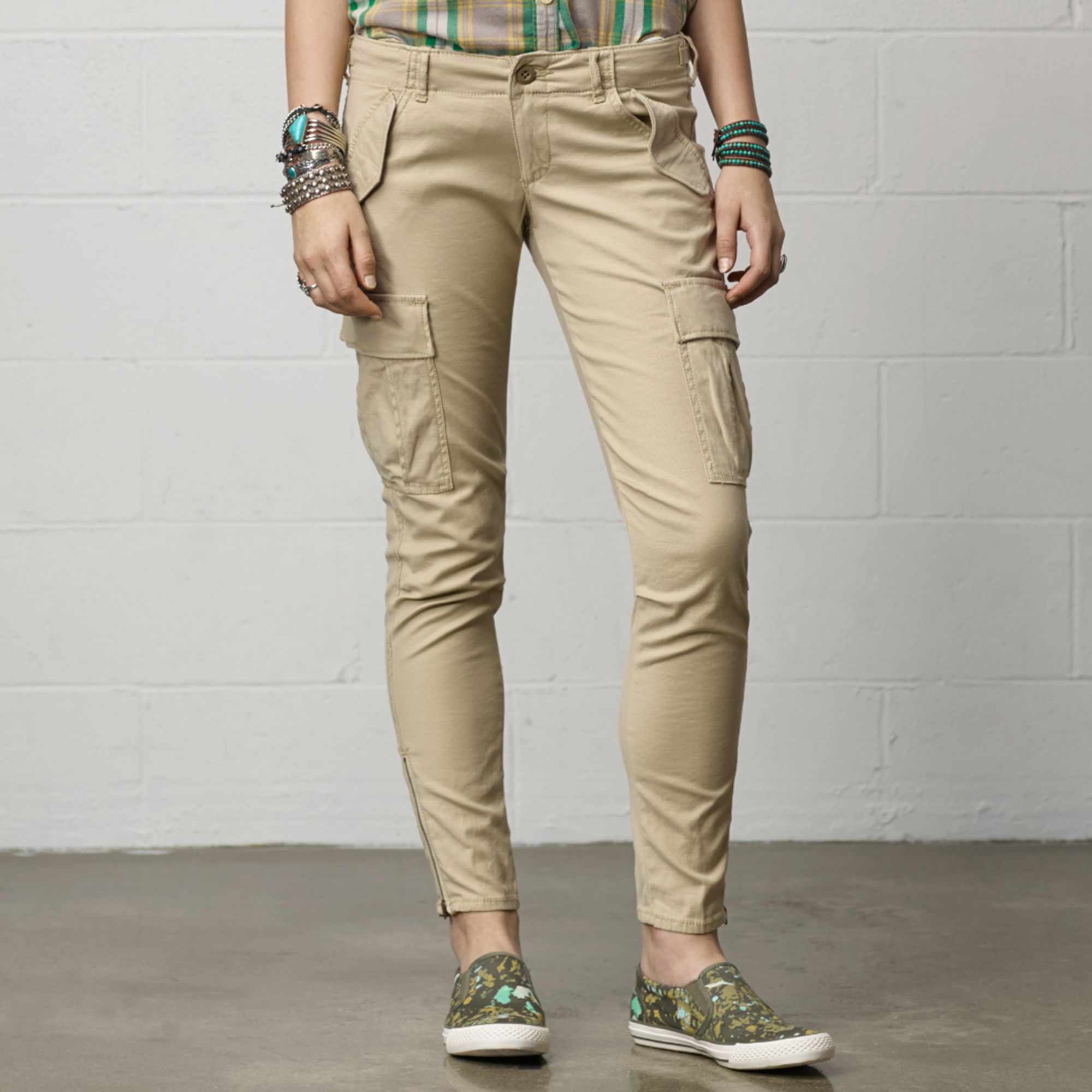 Perfect Womens Cropped Cargo Pants With Simple Minimalist In Canada U2013 Playzoa.com