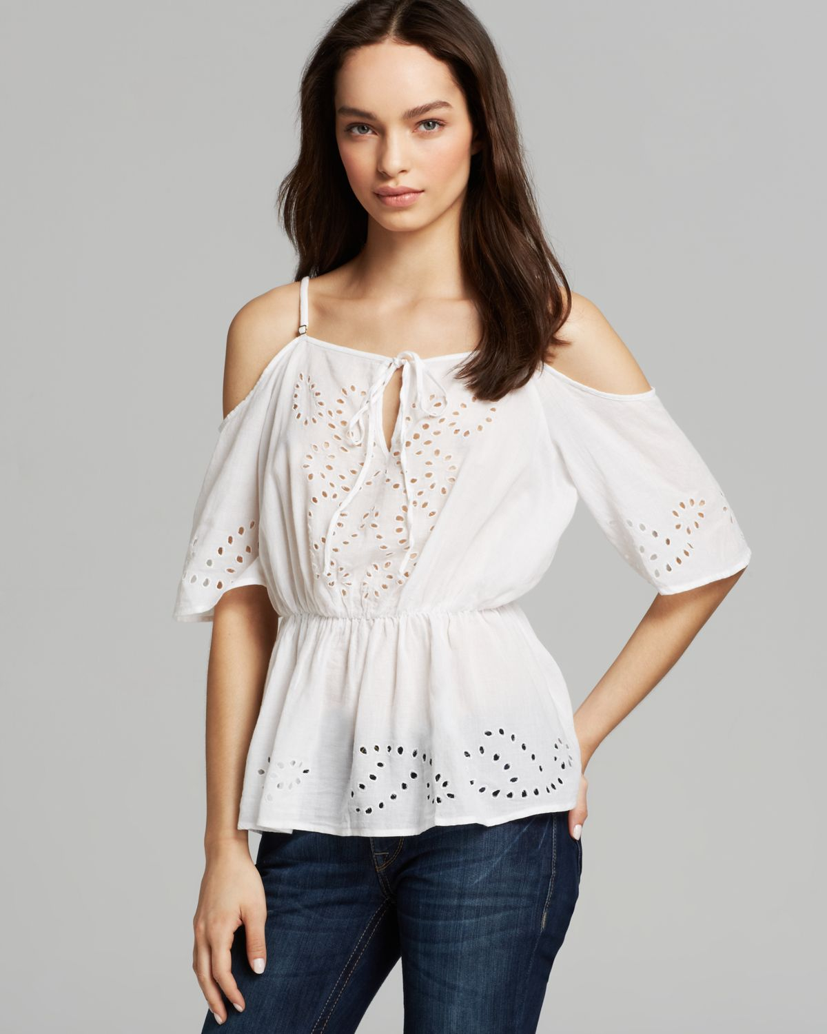 Guess Top Samantha Eyelet In White (True White)