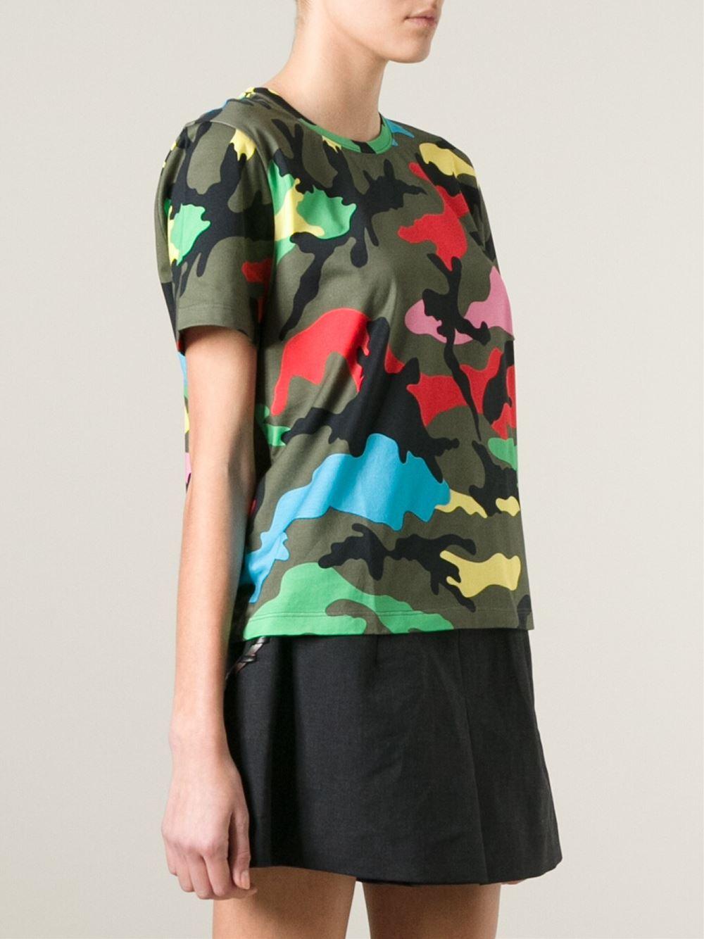 9f291dfb Valentino 'Rockstud' Camouflage T-Shirt in Green - Lyst