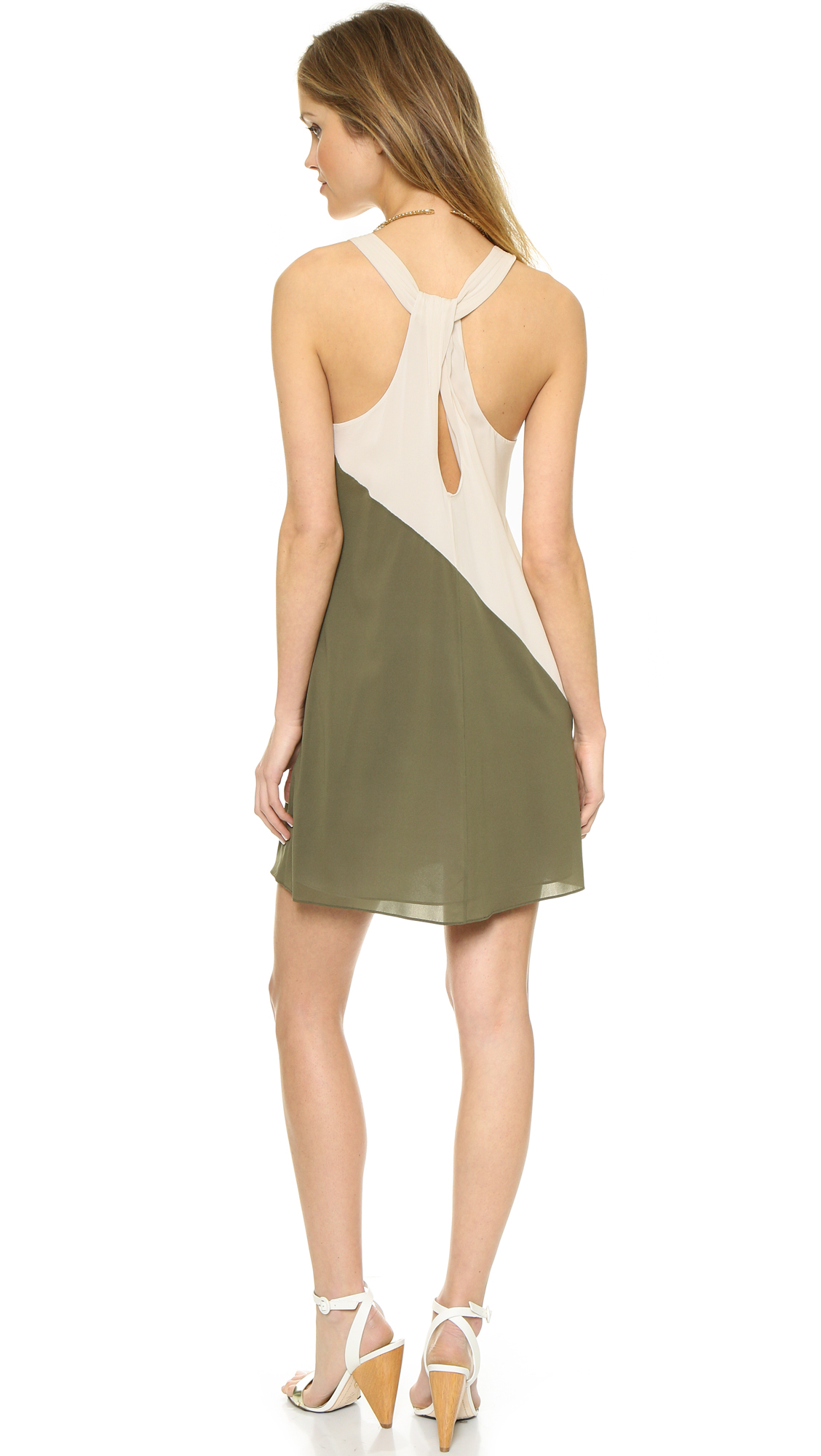 bf50a53ede9ae Alice + Olivia Marion Twist Back Dress - Cream/olive in Green - Lyst