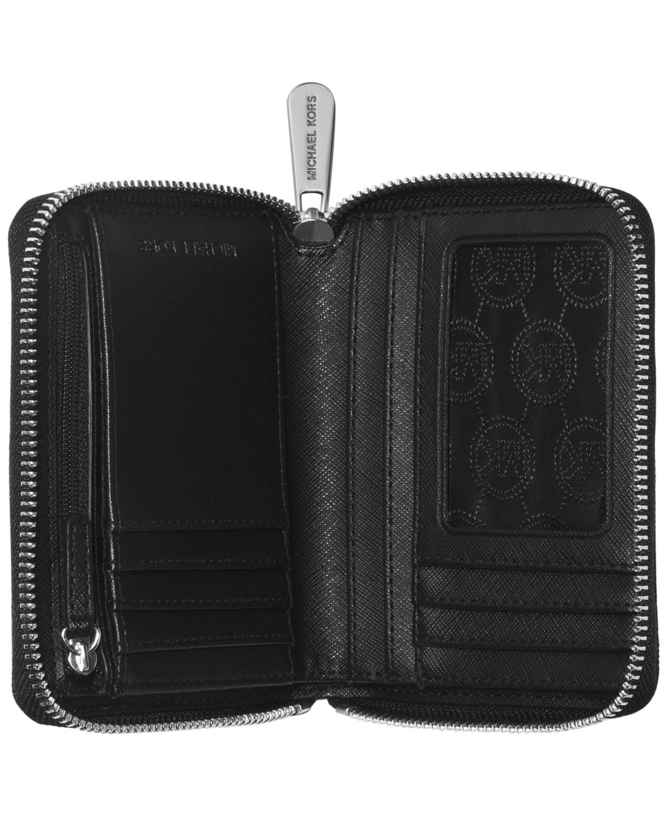 413d91e30ef86d Michael Kors Michael Jet Set Item Medium Zip Around Wallet in Black ...