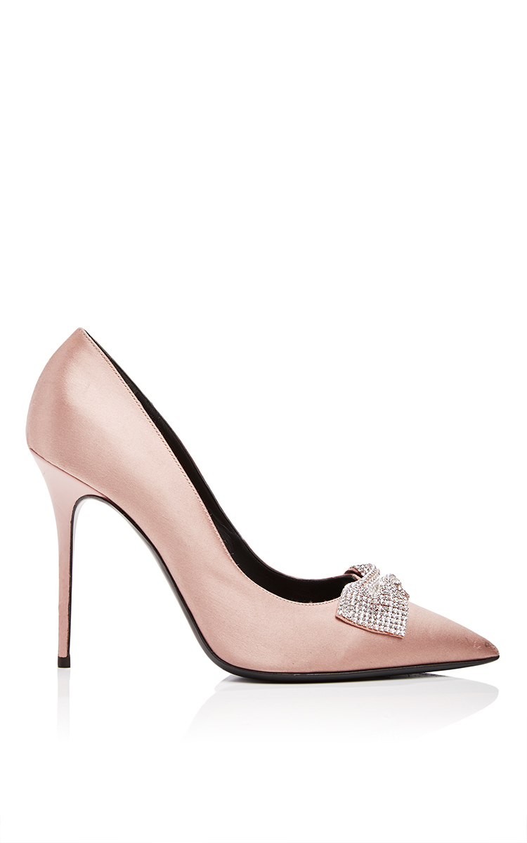 daf09f4339ab ... inexpensive lyst giuseppe zanotti silk satin pumps with crystal bow in  natural dc401 788b9