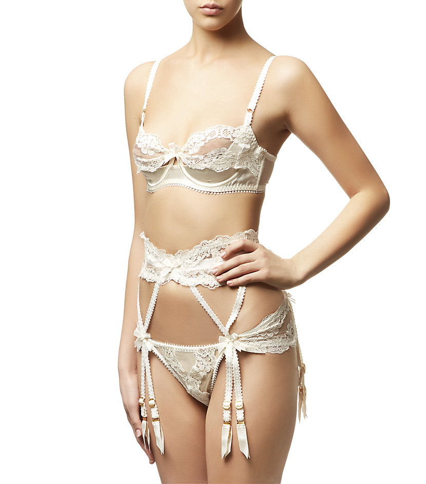 307cde31c4 Agent Provocateur Lacy Suspender Belt in White - Lyst