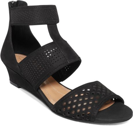 tahari womens demi wedge sandals in black lyst