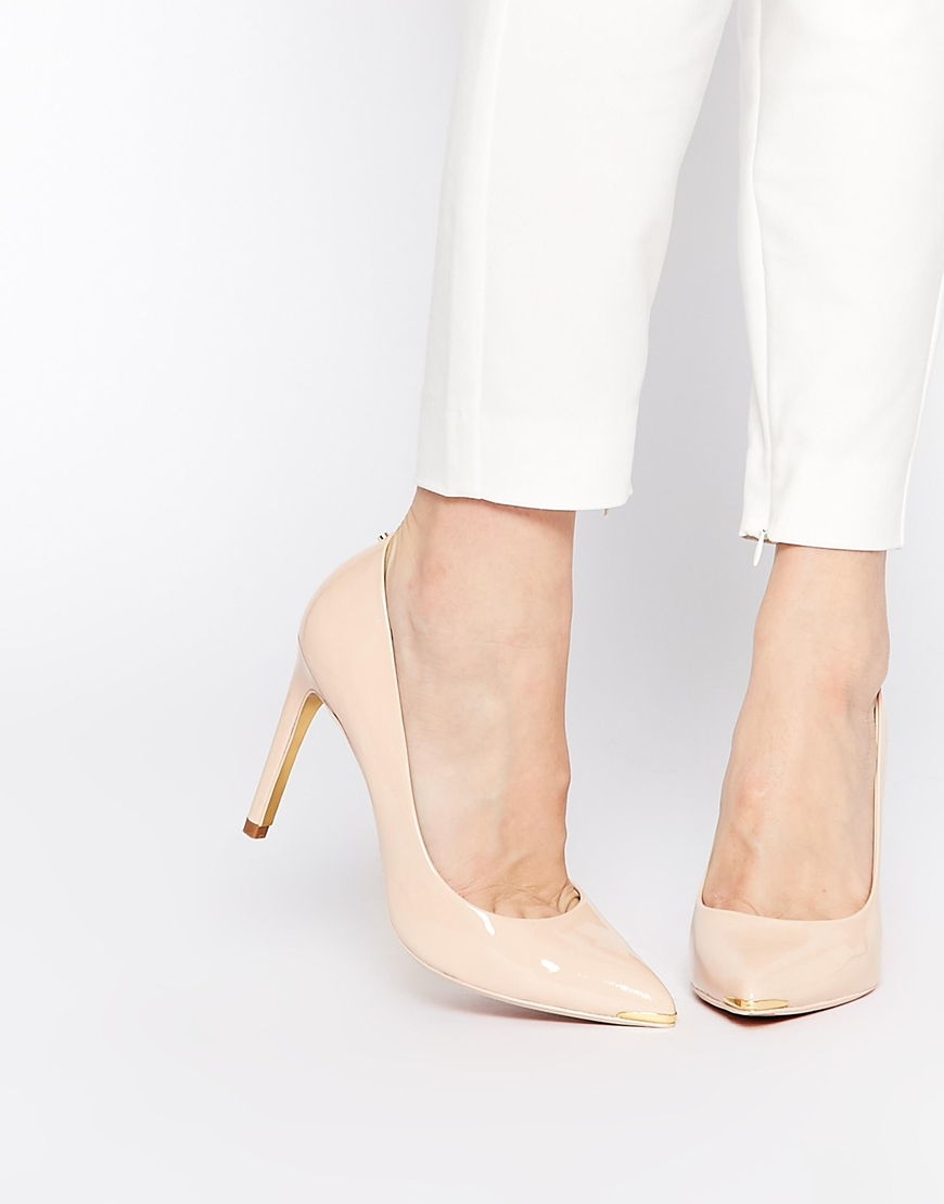 aef4deef781f8c Lyst - Ted Baker Neevo 4 Nude Patent Heeled Court Shoes in Natural