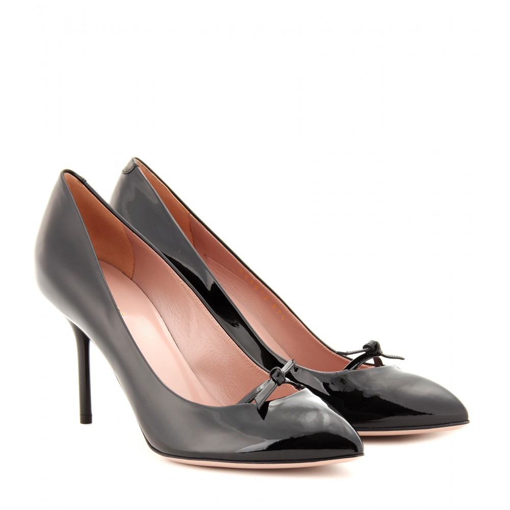 ccb4e8a10d9 Lyst - Gucci Beverly Patent Leather Pumps in Black