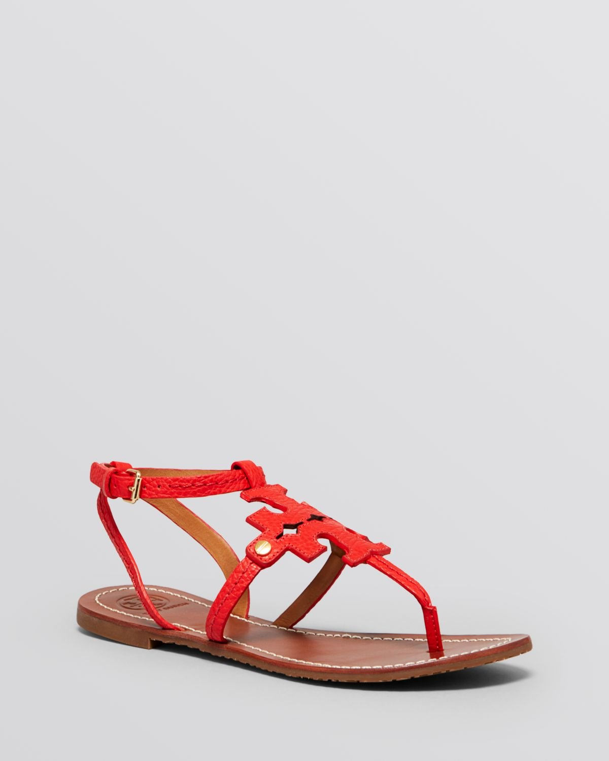 6db5a31c4e2b9 Lyst - Tory Burch Flat Thong Sandals - Chandler Logo in Red