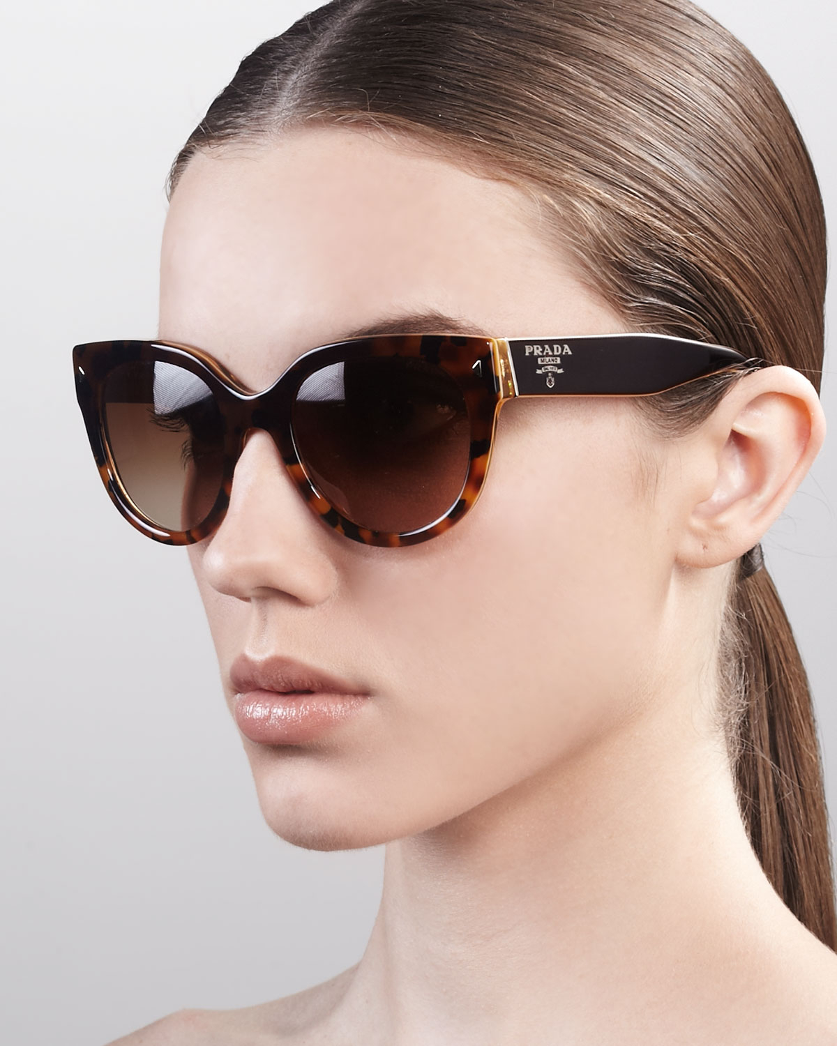 36d2481231ab Gallery. Previously sold at  Bergdorf Goodman · Women s Cat Eye Sunglasses  ...