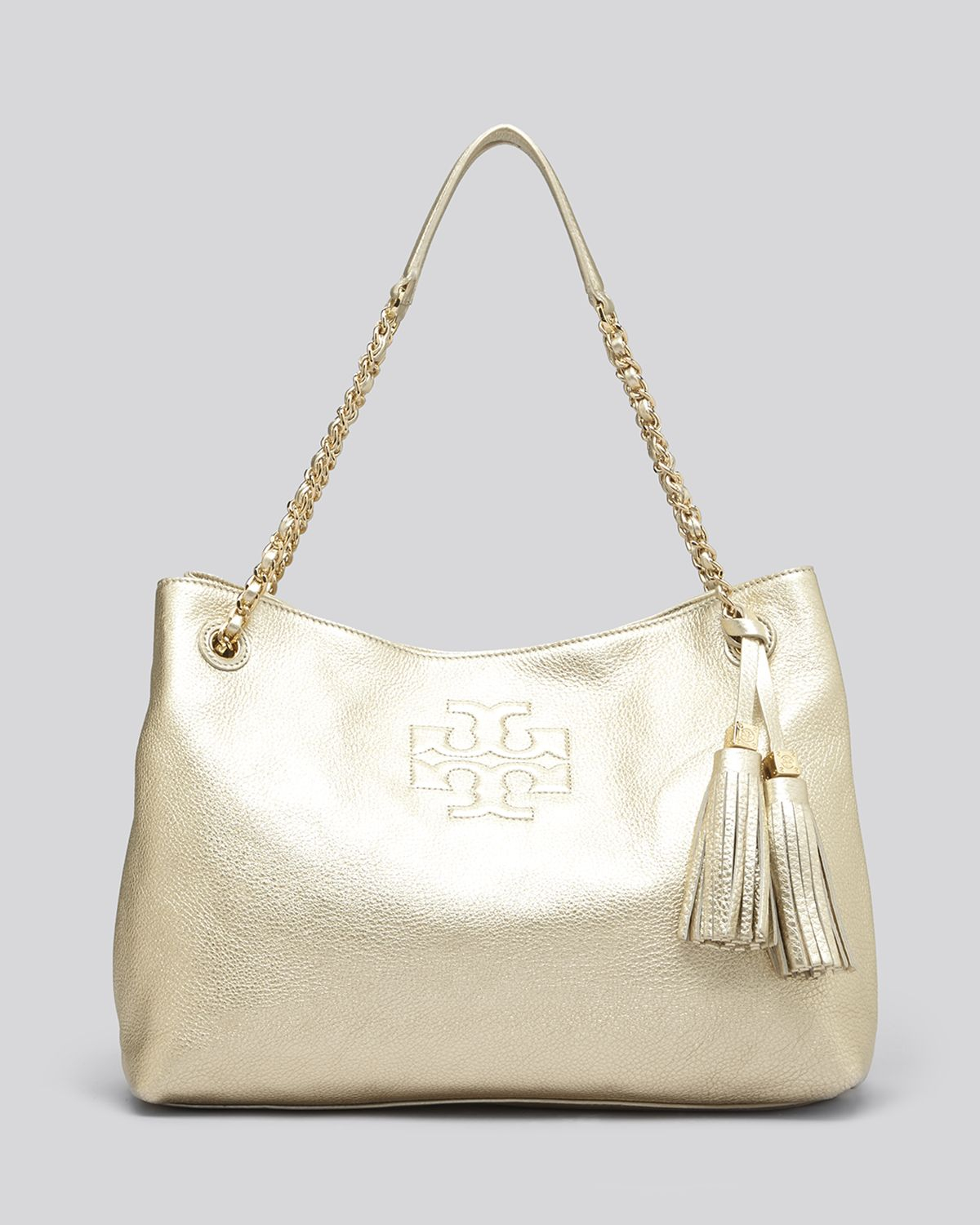 ef56852544f2 Tory Burch Tote Metallic Thea Chain Shoulder Slouchy in Metallic - Lyst