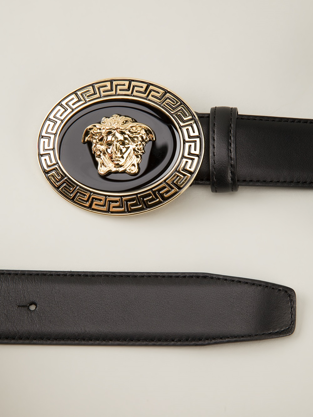 versace oval medusa belt in black for men lyst. Black Bedroom Furniture Sets. Home Design Ideas