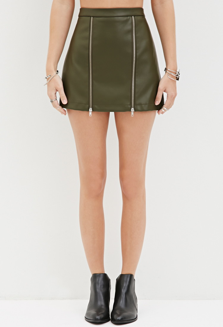 Forever 21 Zippered Faux Leather Mini Skirt in Green | Lyst