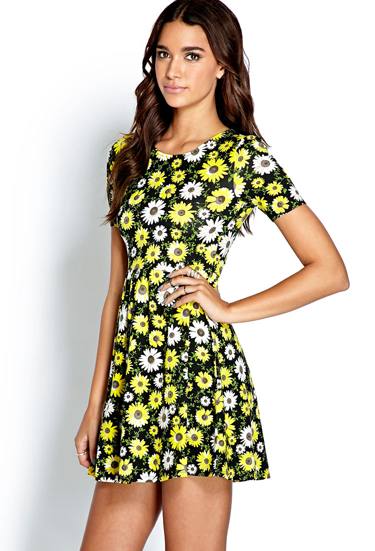 f84a0ab732d Forever 21 Sunflower Print A-line Dress in Black - Lyst