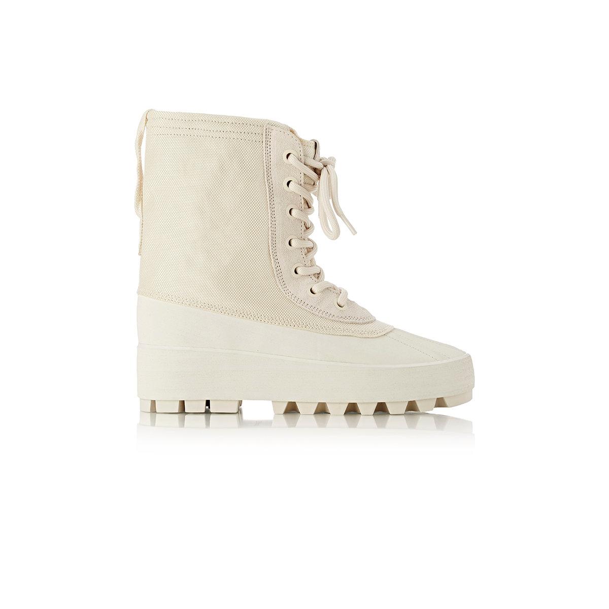 f1ecb46408313 Lyst - Yeezy Yeezy 950 Boots in White