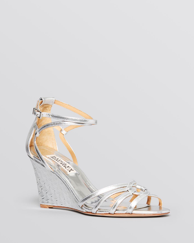 badgley mischka open toe wedge sandals hedy in silver