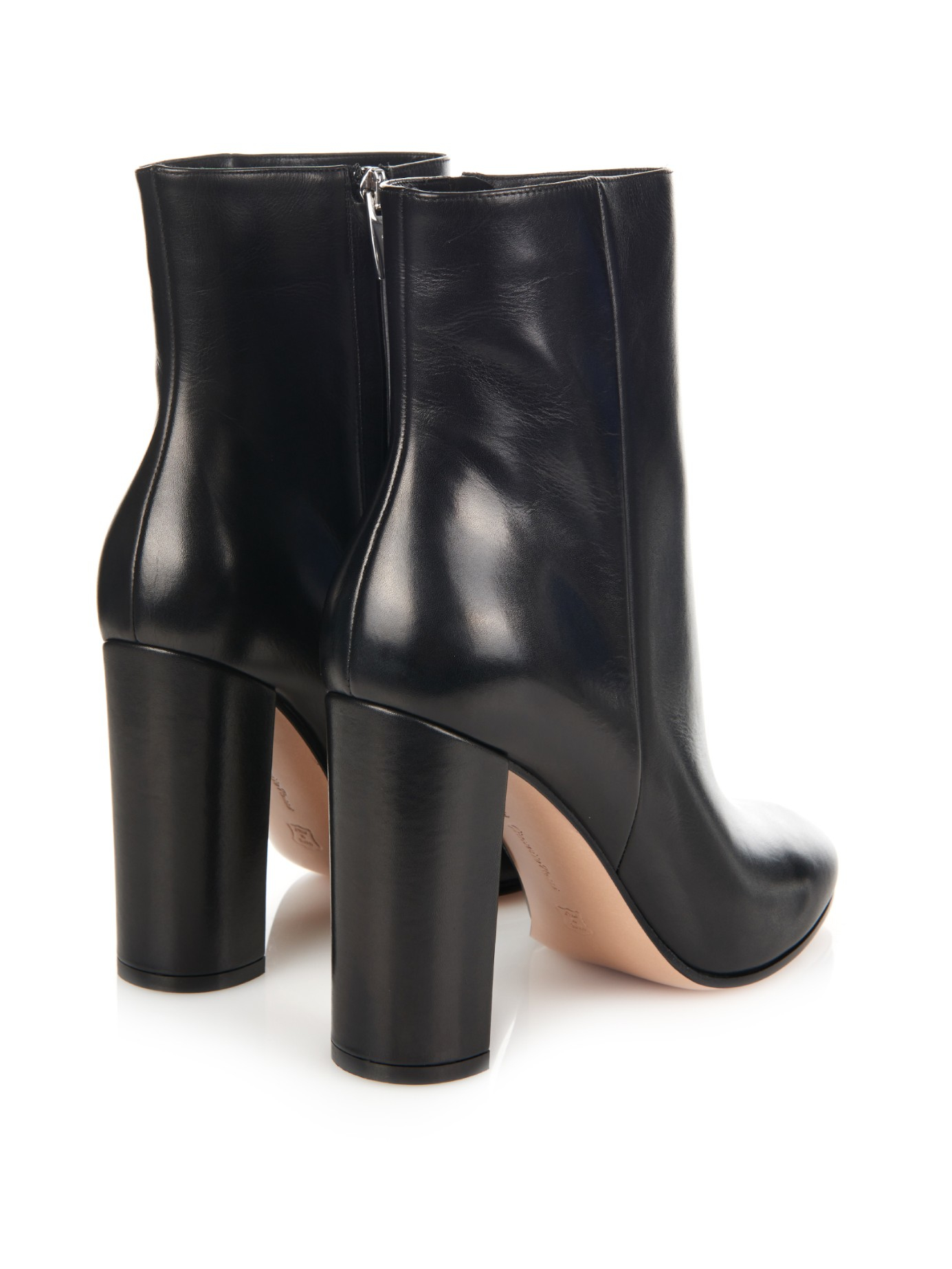 Gianvito rossi Rolling Leather Ankle Boots in Black | Lyst