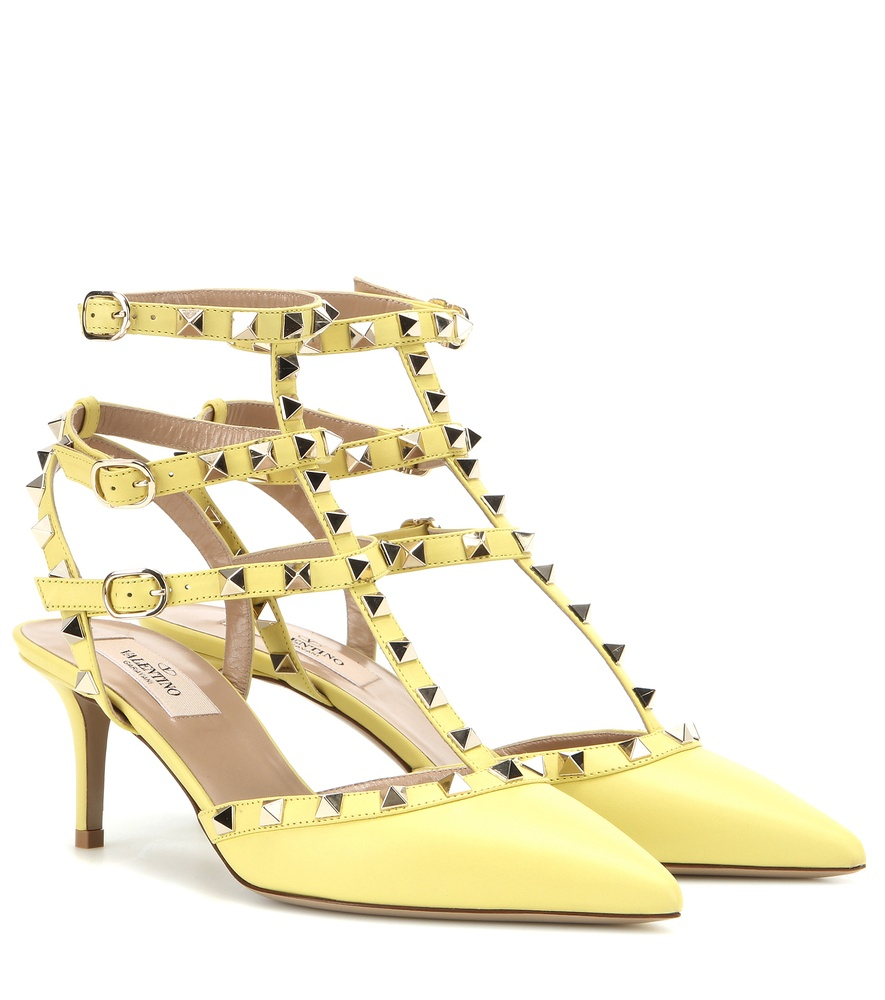 e8b08e76df Valentino Rockstud Leather Kitten-heel Pumps in Yellow - Lyst