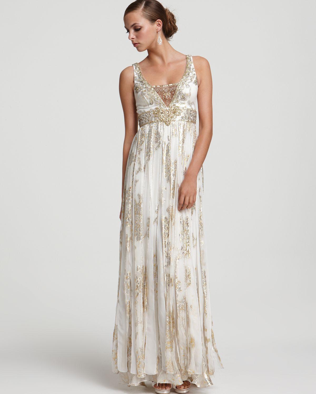 985fab56196 Sue Wong Metallic Silk Jacquard Beaded Gown in Metallic - Lyst
