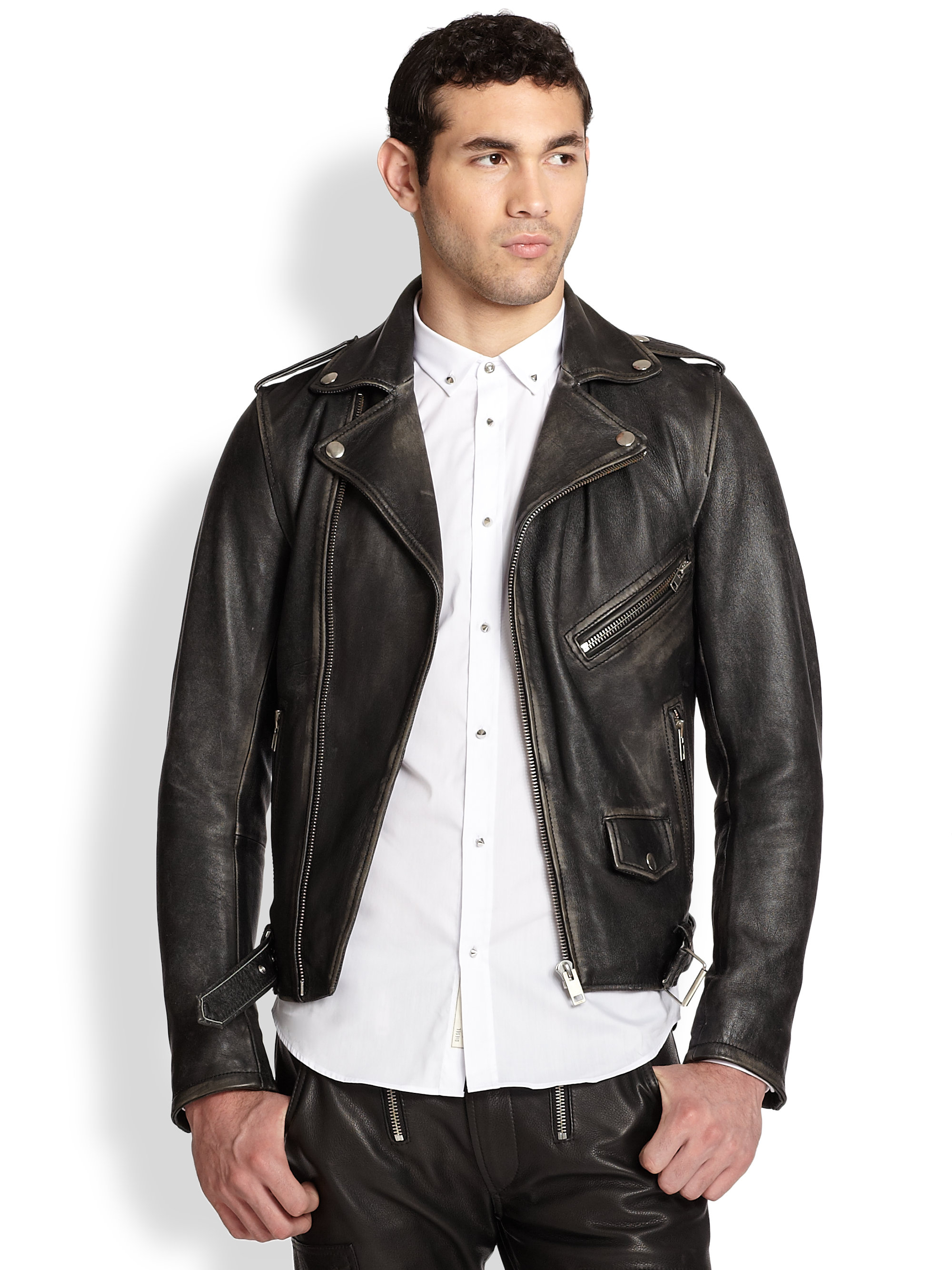 Are leather jackets in fashion for men 55