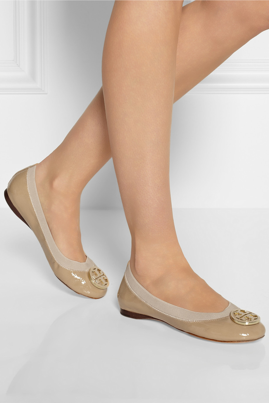 78ea5a06f7e61d Lyst - Tory Burch Caroline Patentleather Ballet Flats in Natural