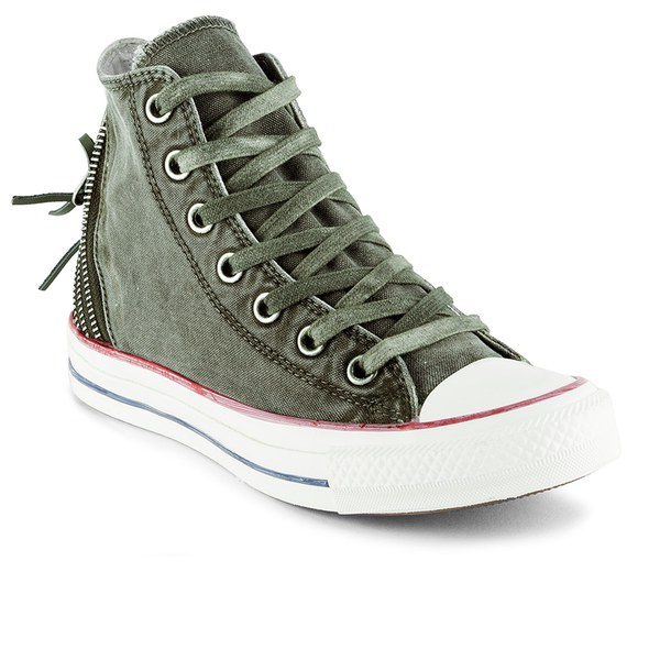 22574121fc75 Gallery. Previously sold at  Coggles · Women s Converse Chuck Taylor ...