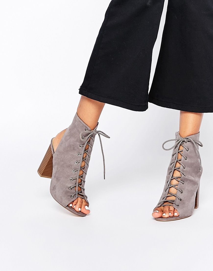 664376fc664 Lyst - Missguided Ghillie Shoe Boot With Block Heel - Grey in Gray