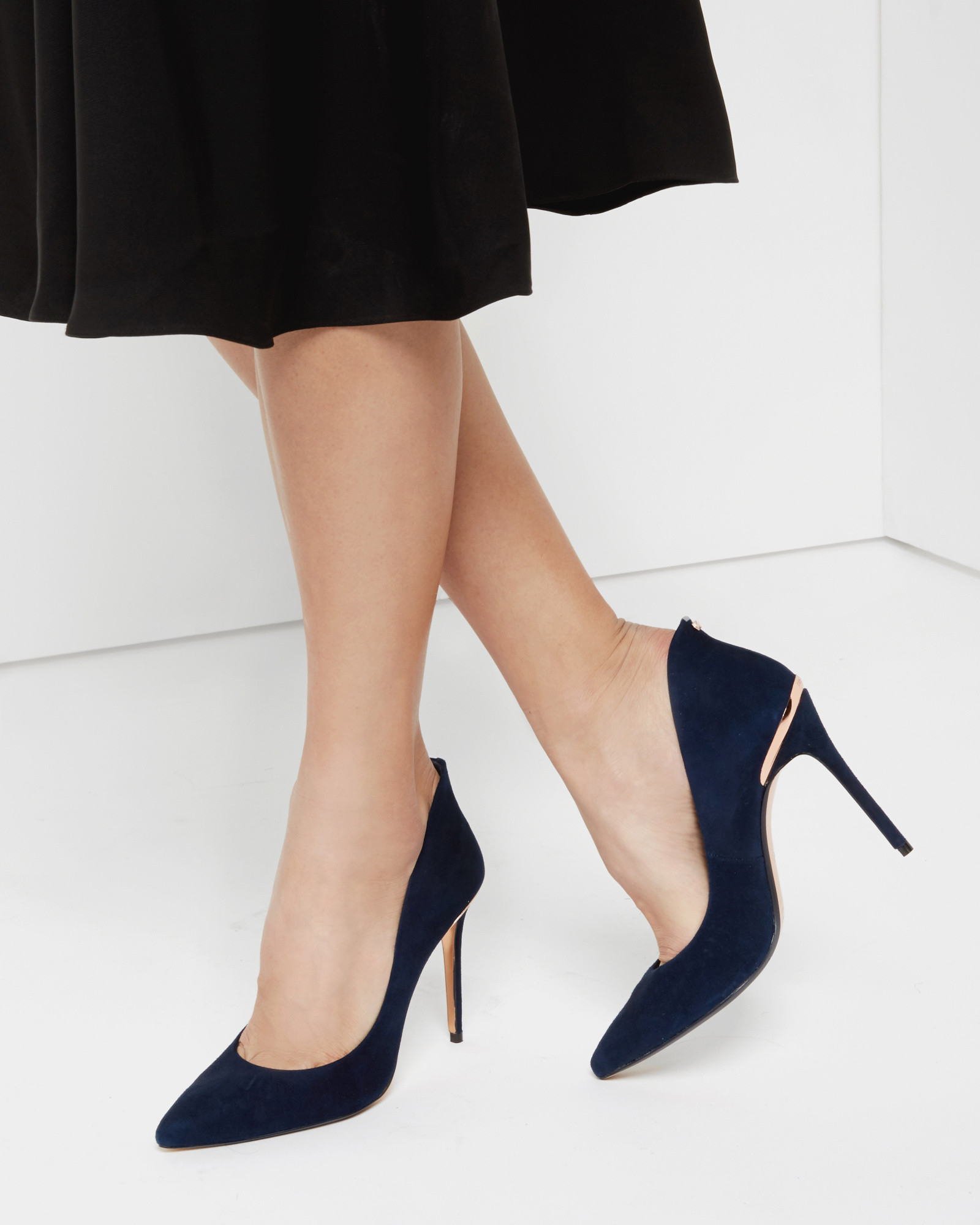 22fe092d1 Lyst - Ted Baker Pointed Leather Court Shoes in Blue
