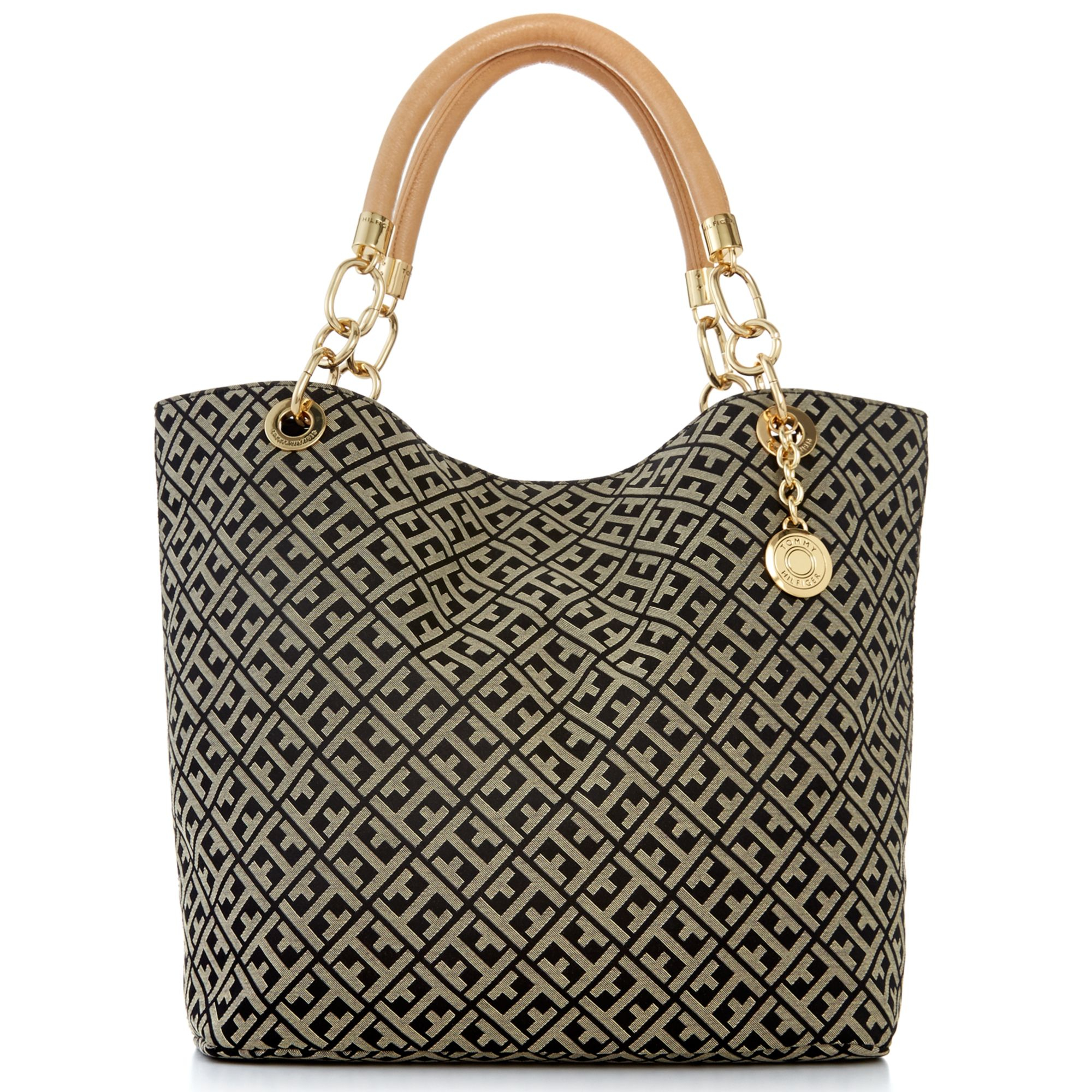 9a925b95470 Tommy Hilfiger Th Signature Jacquard Large Reversible Tote in Black ...