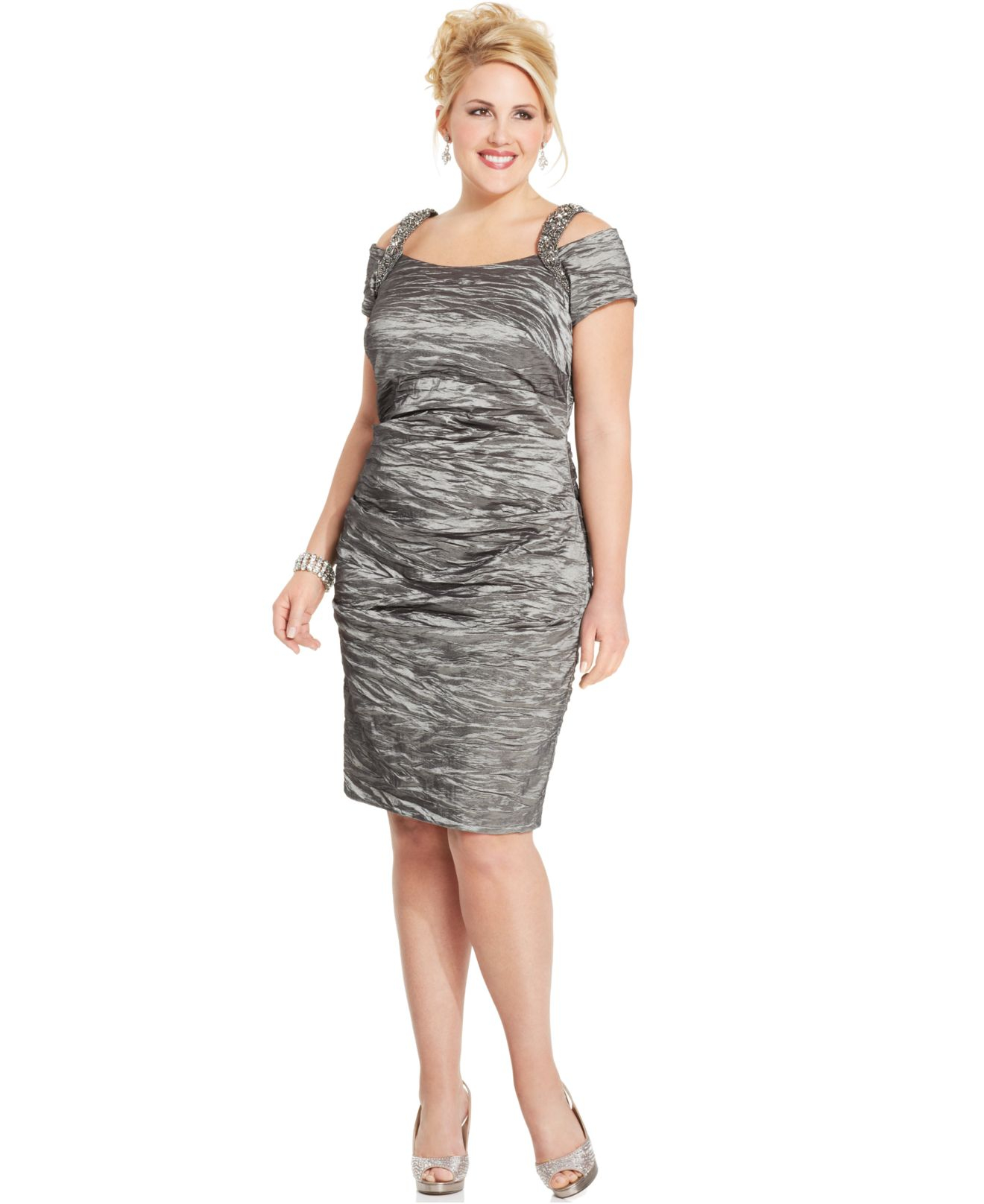 Crinkle dresses plus size