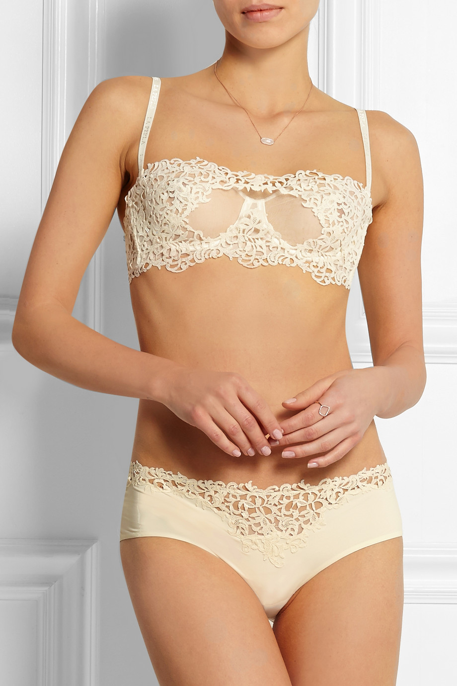 0326096b59651 Lyst - La Perla Petit Macrame Lace And Tulle Underwired Bra in Natural
