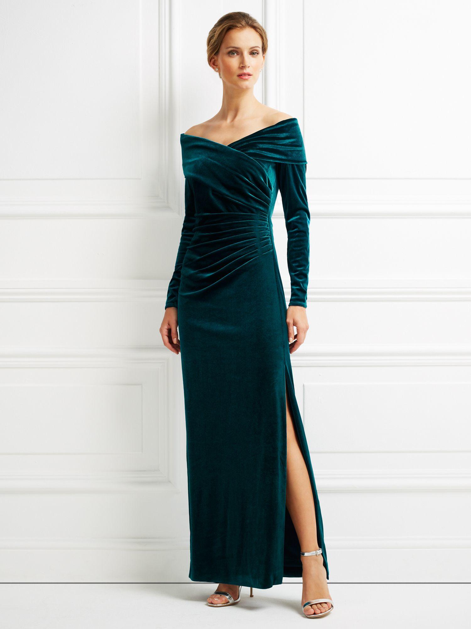stunning long velvet dress outfit 17