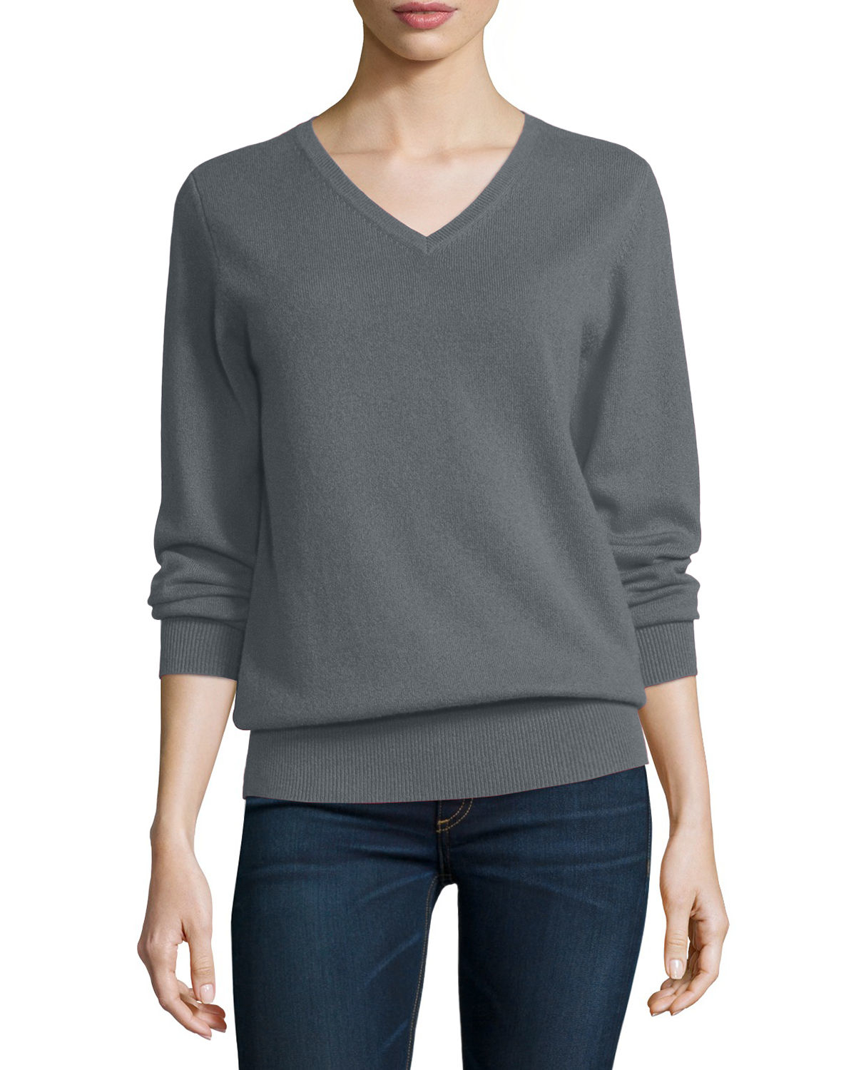 Neiman marcus long sleeve v neck relaxed fit cashmere sweater in gray