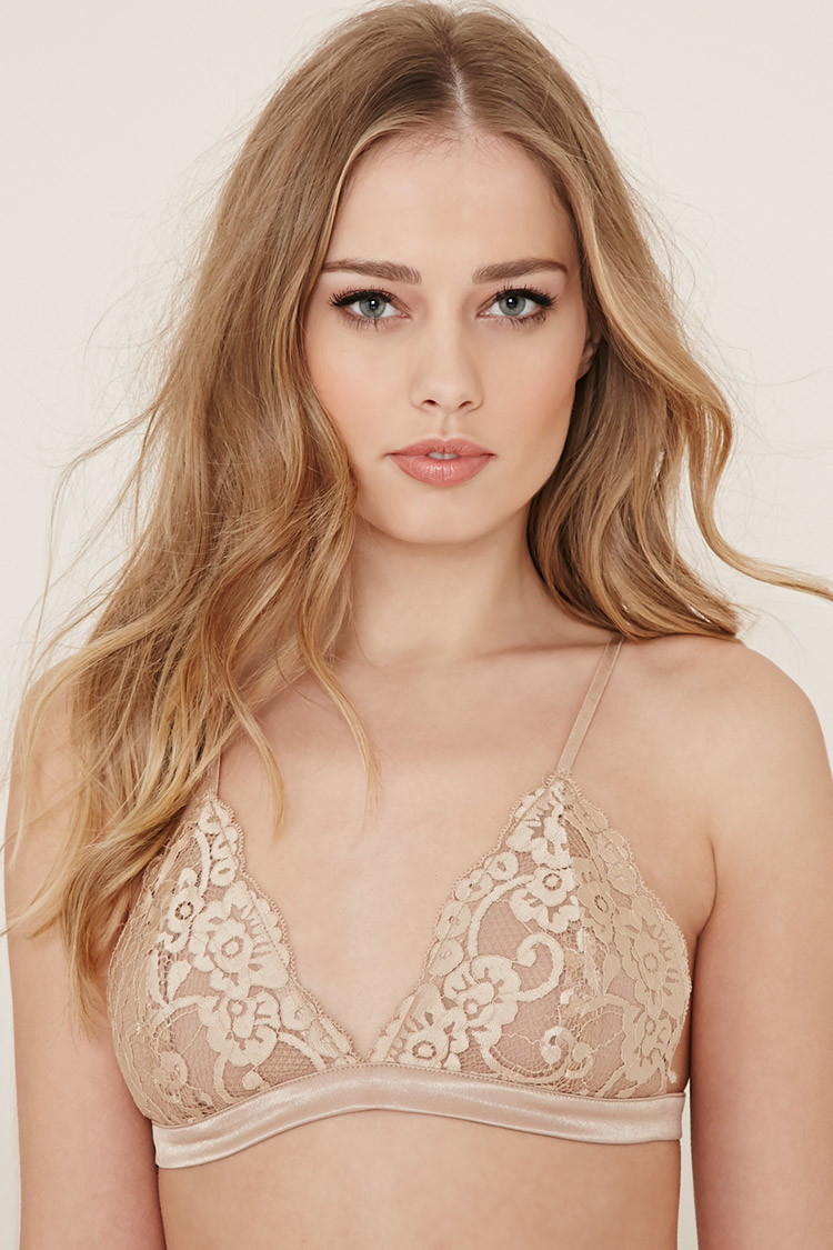 25bb35a9b67b67 Lyst - Forever 21 Floral Lace Bralette in Natural
