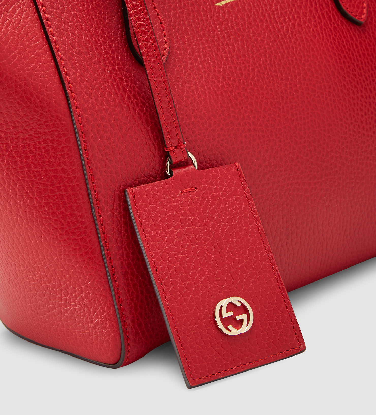 413da9fa0a1b30 Gucci Swing Mini Leather Top Handle Bag in Red - Lyst