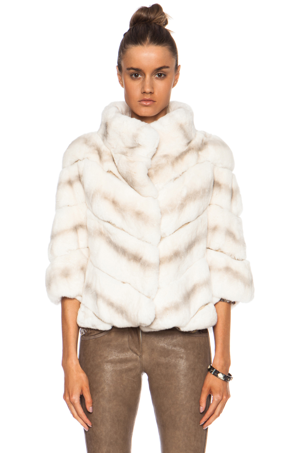 Yves salomon Rex Short Fur Jacket in White | Lyst