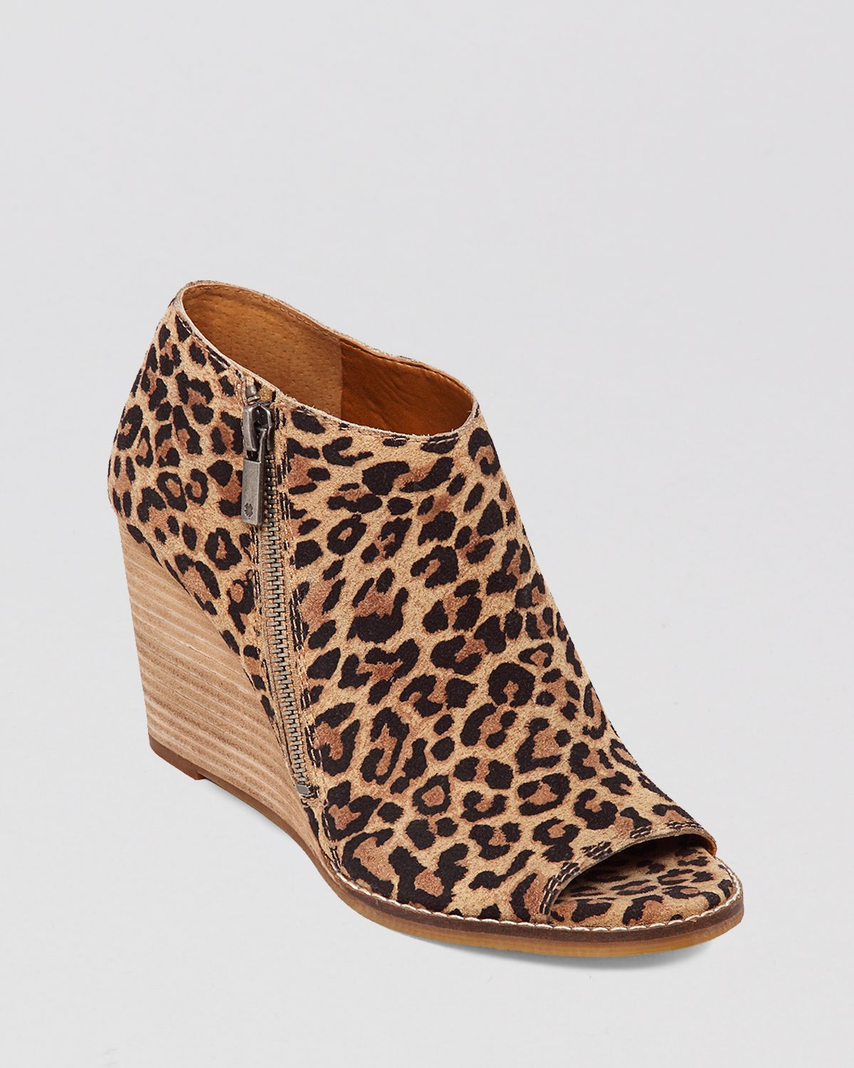 Lucky Brand Shoes Wedge Sandals