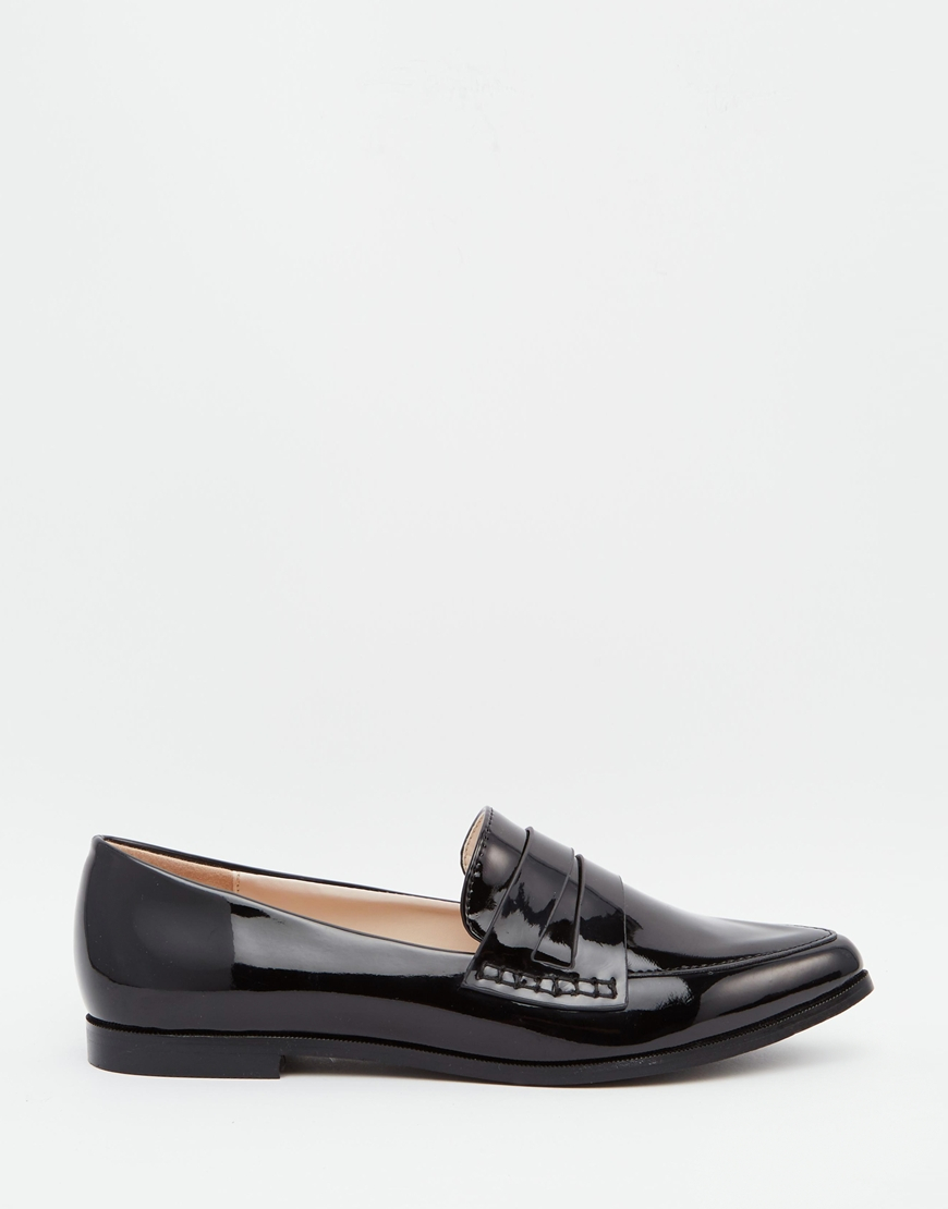 patent pointed toe loafer flat shoes in black