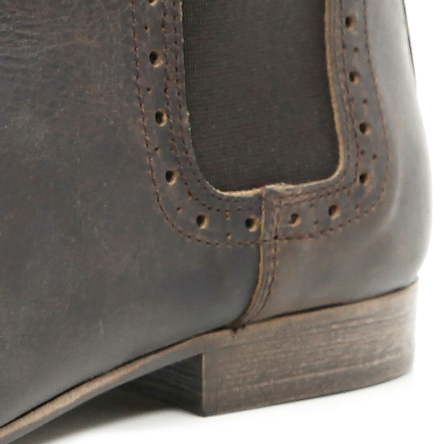 Cheap Visit New Discount With Paypal Mens Brown leather chelsea boot River Island Discount Low Shipping Fee TuiRrcl