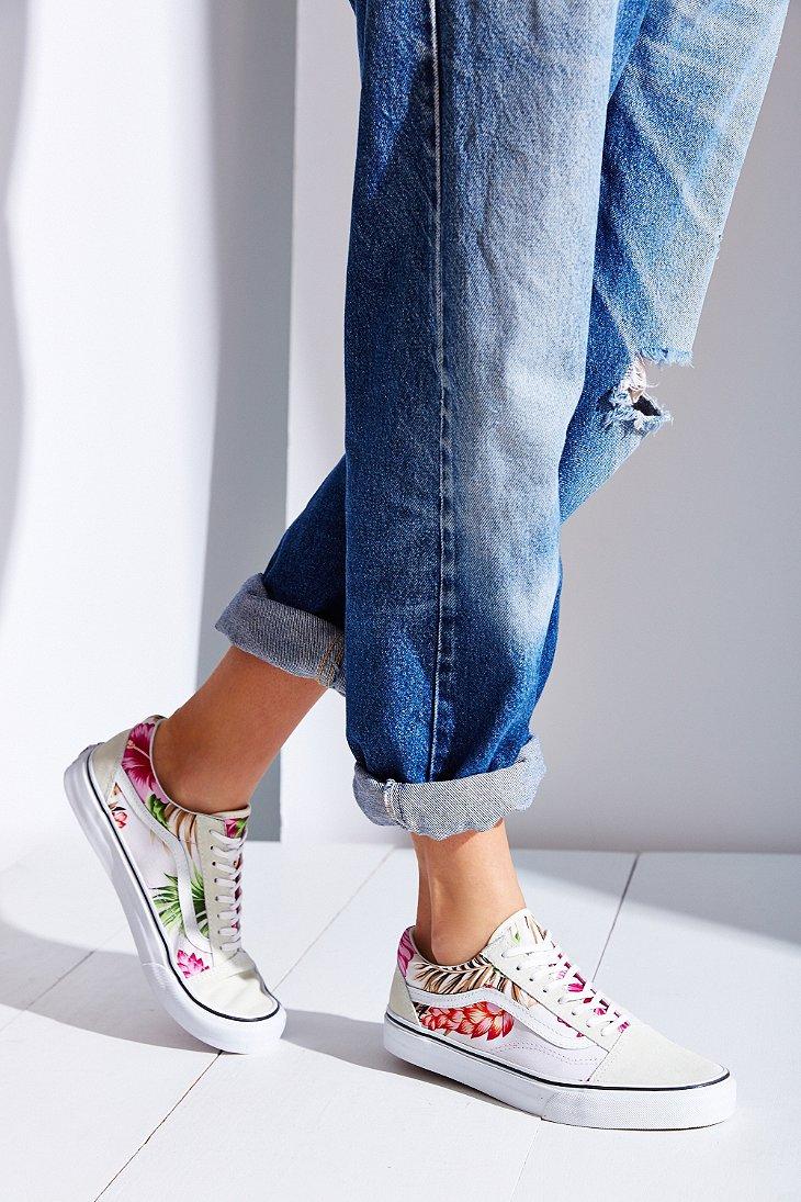 566b9ab85f50a2 Lyst - Vans Hawaiian Floral Old Skool Sneaker in White