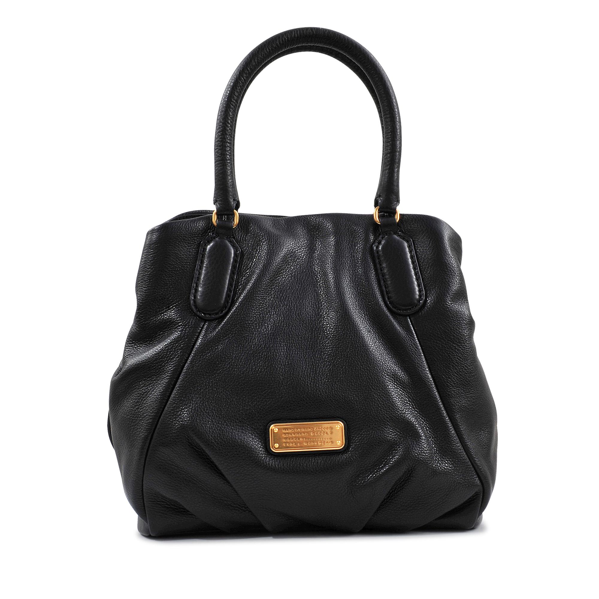marc by marc jacobs fran new q bag in black lyst. Black Bedroom Furniture Sets. Home Design Ideas